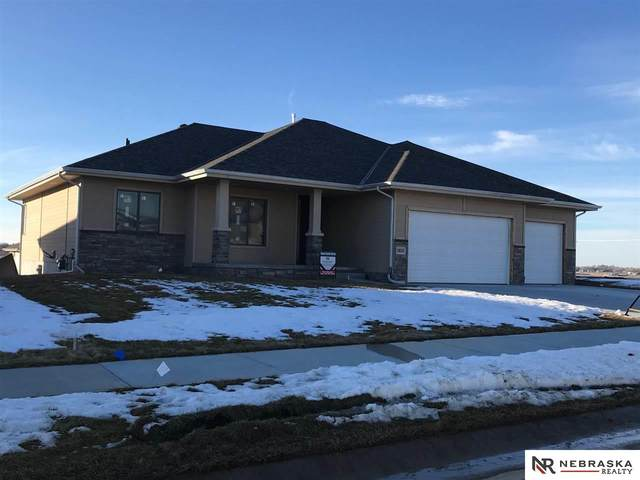 10010 S 187th Street, Omaha, NE 68136 (MLS #22103046) :: Stuart & Associates Real Estate Group