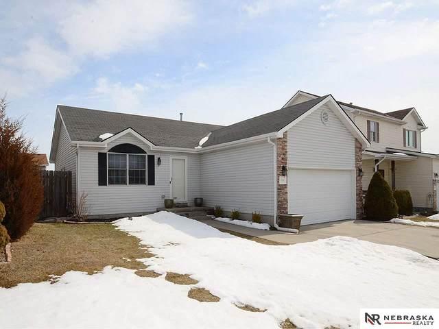 7010 Whitewater Lane, Lincoln, NE 68521 (MLS #22103054) :: Don Peterson & Associates