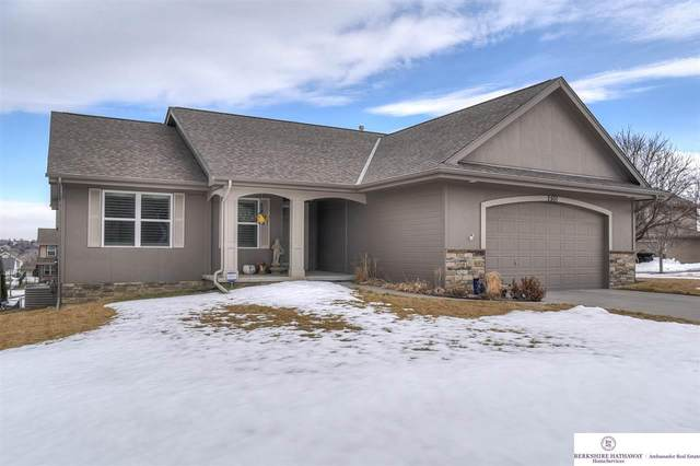 2501 N 166 Street, Omaha, NE 68116 (MLS #22103081) :: Don Peterson & Associates