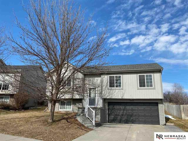 17118 Taylor Street, Omaha, NE 68116 (MLS #22103090) :: Don Peterson & Associates