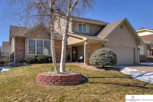 15025 Cuming Street, Omaha, NE 68154 (MLS #22103099) :: One80 Group/KW Elite