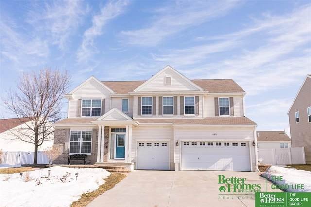 10819 S 113th Avenue, Papillion, NE 68046 (MLS #22103133) :: Catalyst Real Estate Group