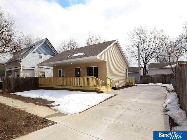 4819 Greenwood Street, Lincoln, NE 68504 (MLS #22103134) :: Lincoln Select Real Estate Group
