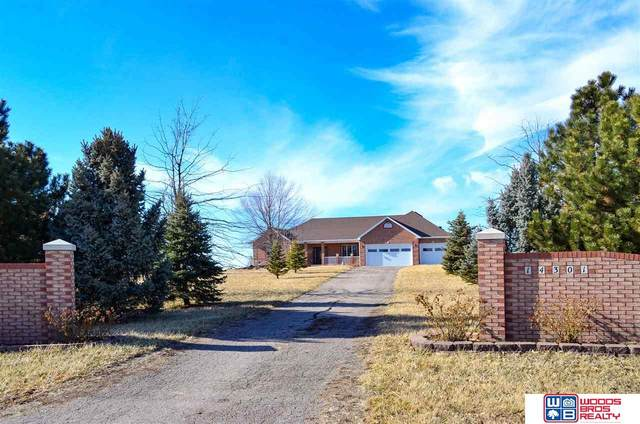 14301 N 14th Street, Raymond, NE 68428 (MLS #22103172) :: Berkshire Hathaway Ambassador Real Estate