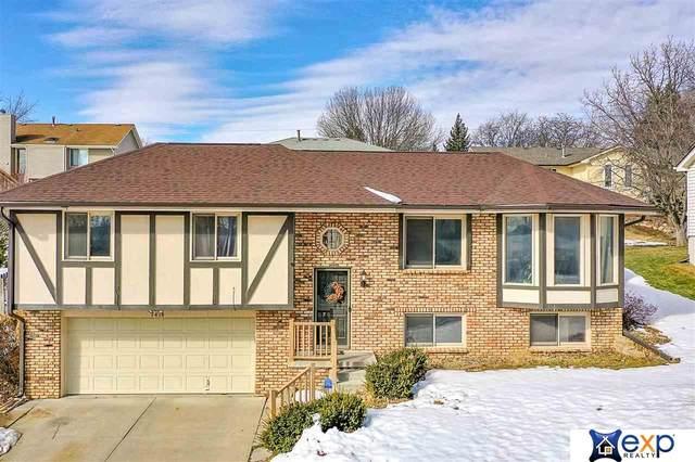 7414 S 47 Street, Omaha, NE 68157 (MLS #22103192) :: Stuart & Associates Real Estate Group