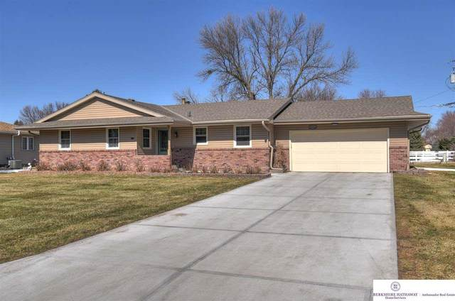 21510 Harney Street, Omaha, NE 68022 (MLS #22103230) :: Catalyst Real Estate Group