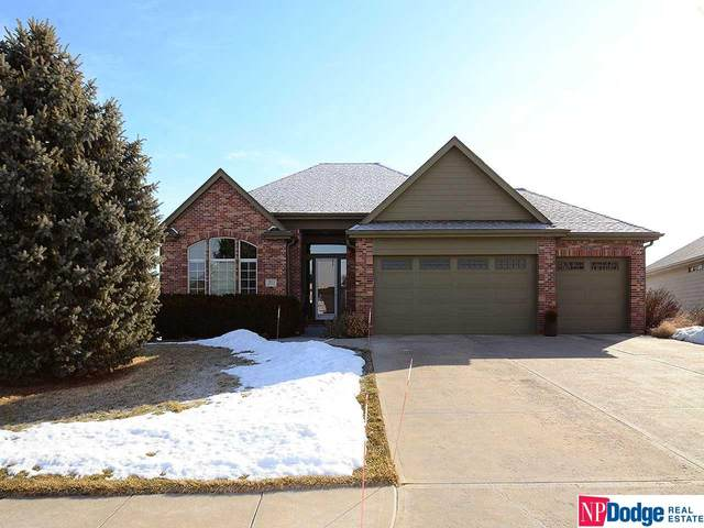 5513 N 166 Avenue, Omaha, NE 68116 (MLS #22103236) :: One80 Group/KW Elite