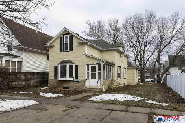 1140 Sumner Street, Lincoln, NE 68502 (MLS #22103278) :: Lincoln Select Real Estate Group