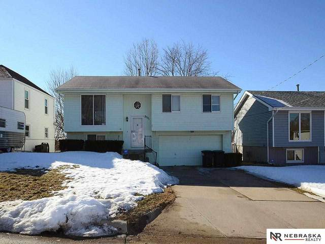 8331 Bedford Avenue, Omaha, NE 68134 (MLS #22103289) :: Catalyst Real Estate Group