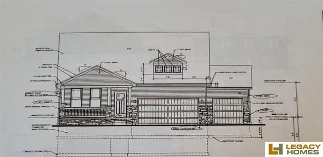 1630 Osage Ranch Circle, Plattsmouth, NE 68048 (MLS #22103357) :: Berkshire Hathaway Ambassador Real Estate