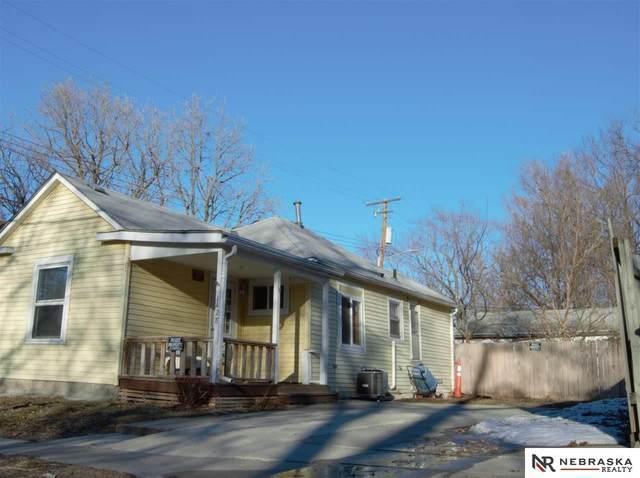 1428 N 29 Street, Lincoln, NE 68503 (MLS #22103365) :: kwELITE