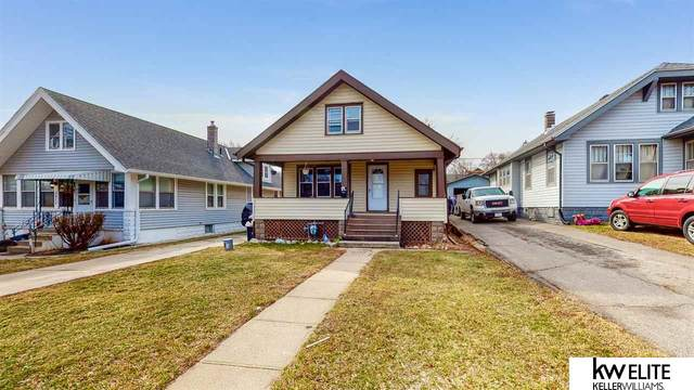 2879 Newport Avenue, Omaha, NE 68112 (MLS #22103464) :: Berkshire Hathaway Ambassador Real Estate