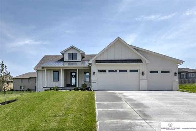 12384 Horizon Street, Papillion, NE 68046 (MLS #22103575) :: Don Peterson & Associates