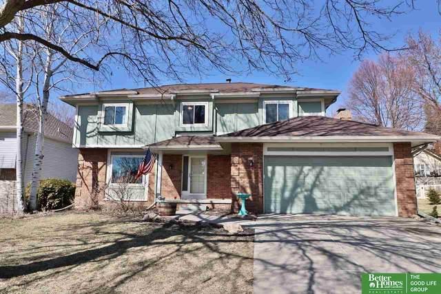 16216 Oak Circle, Omaha, NE 68130 (MLS #22103650) :: Capital City Realty Group