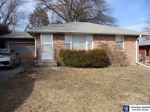 5240 Vine Street, Lincoln, NE 68504 (MLS #22103670) :: Stuart & Associates Real Estate Group