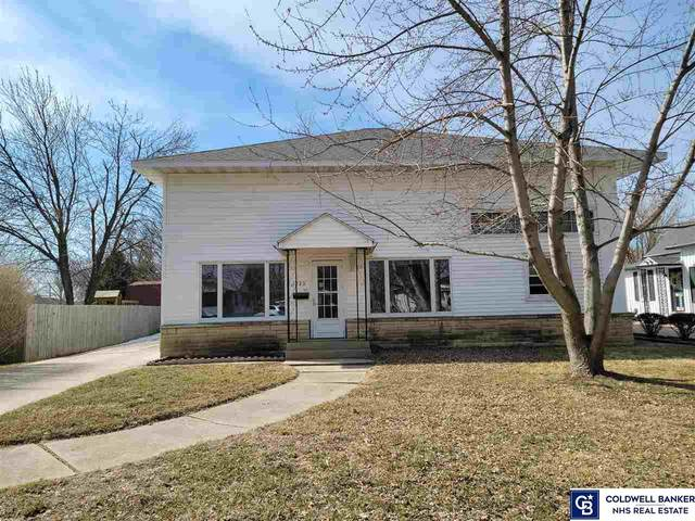 1923 N Nebraska Avenue, York, NE 68467 (MLS #22103725) :: Catalyst Real Estate Group