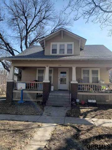 735 Garfield Street, Lincoln, NE 68502 (MLS #22103730) :: Berkshire Hathaway Ambassador Real Estate