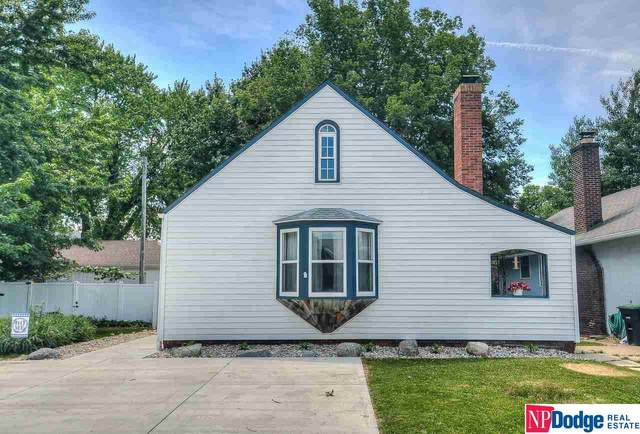 3311 Pine Street, Omaha, NE 68105 (MLS #22104008) :: Berkshire Hathaway Ambassador Real Estate