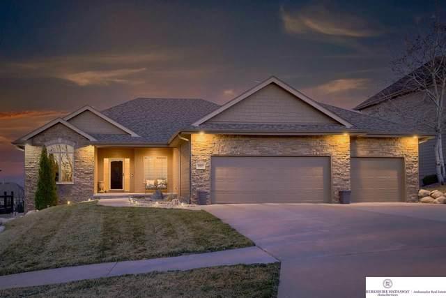 3321 S 185 Avenue, Omaha, NE 68130 (MLS #22104116) :: Berkshire Hathaway Ambassador Real Estate