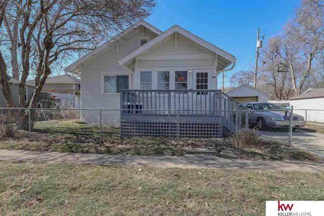 716 S 17th Street, Council Bluffs, IA 51501 (MLS #22104452) :: Dodge County Realty Group