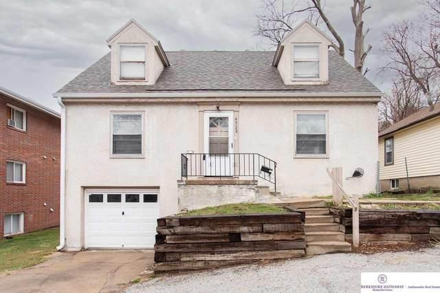 4520 Lafayette Avenue, Omaha, NE 68132 (MLS #22104623) :: Berkshire Hathaway Ambassador Real Estate