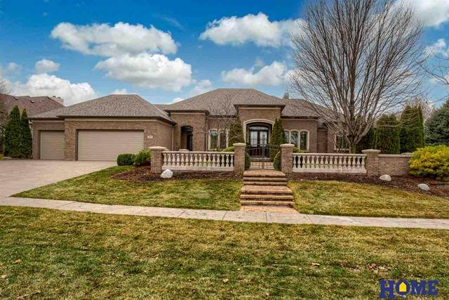 9221 Thornwood Drive, Lincoln, NE 68512 (MLS #22104624) :: kwELITE