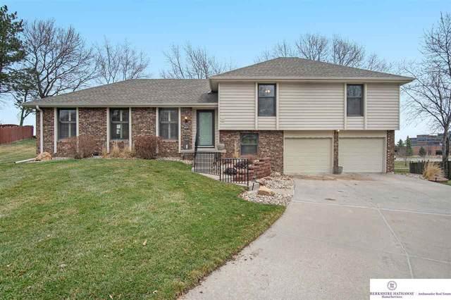 14406 Cuming Circle, Omaha, NE 68154 (MLS #22104689) :: Capital City Realty Group