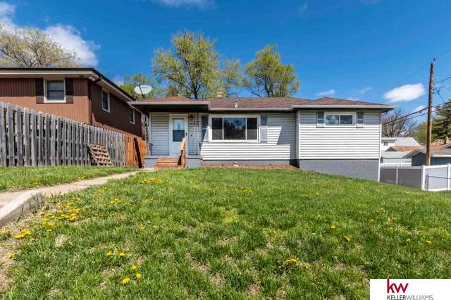 4012 Hartman Circle, Omaha, NE 68111 (MLS #22105170) :: Capital City Realty Group