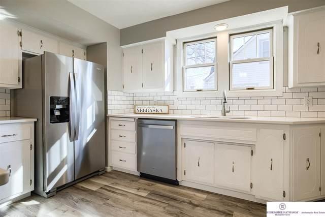 3321 N 205 Street, Omaha, NE 68022 (MLS #22105236) :: Berkshire Hathaway Ambassador Real Estate