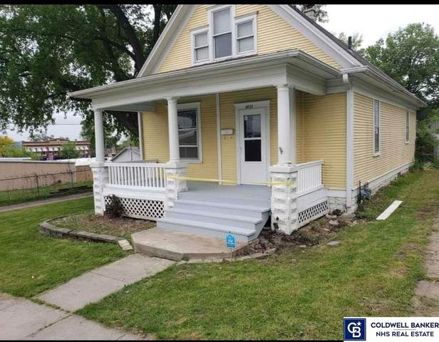 3013 Clay Street, Omaha, NE 68112 (MLS #22105275) :: Omaha Real Estate Group