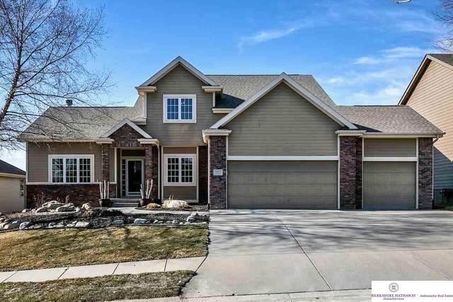 14632 Girard Street, Bennington, NE 68007 (MLS #22105371) :: Berkshire Hathaway Ambassador Real Estate