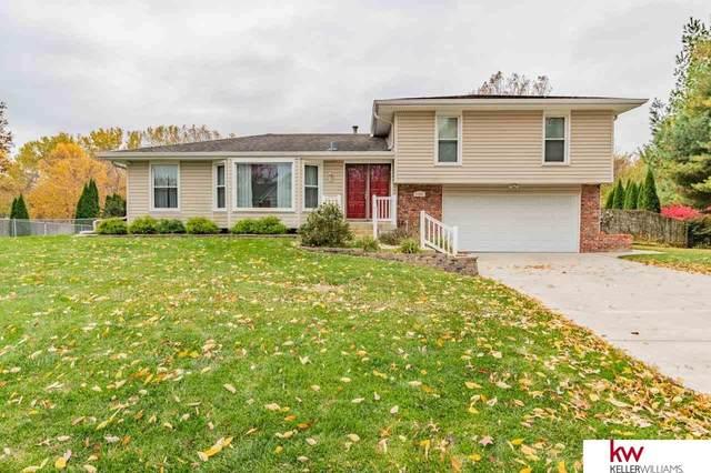 21301 Greenbrier Drive, Omaha, NE 68022 (MLS #22106021) :: Elevation Real Estate Group at NP Dodge