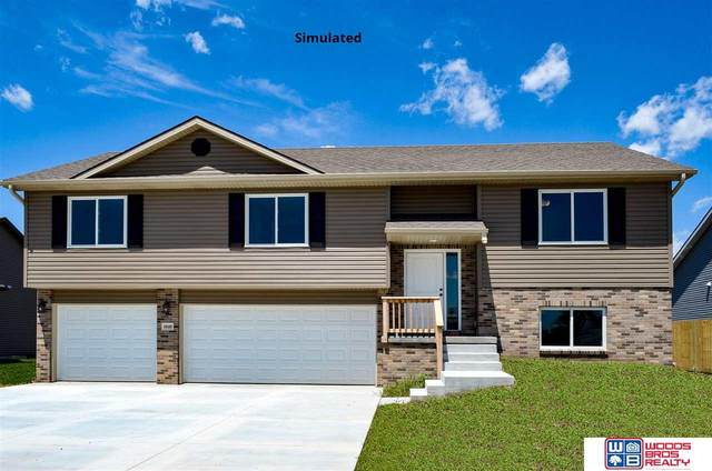 1203 Olivia Drive, Eagle, NE 68347 (MLS #22106238) :: Berkshire Hathaway Ambassador Real Estate