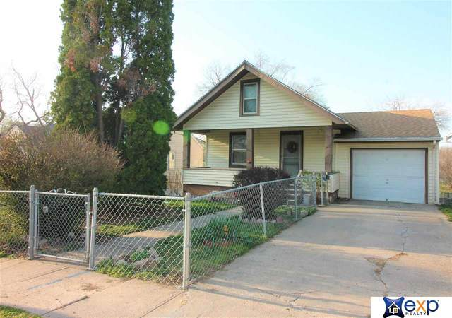 4220 Camden Avenue, Omaha, NE 68111 (MLS #22106253) :: kwELITE