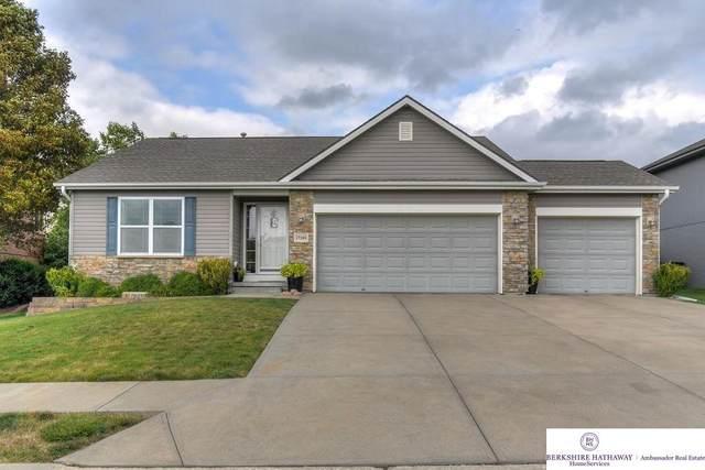 17240 Palisades Drive, Omaha, NE 68136 (MLS #22106307) :: Complete Real Estate Group