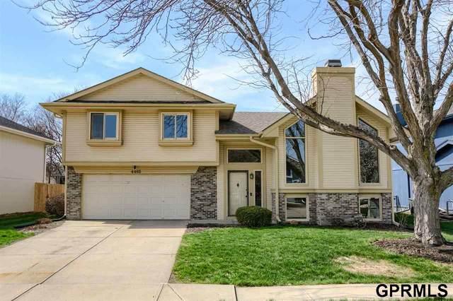 4402 S 146 Street, Omaha, NE 68137 (MLS #22106347) :: Berkshire Hathaway Ambassador Real Estate