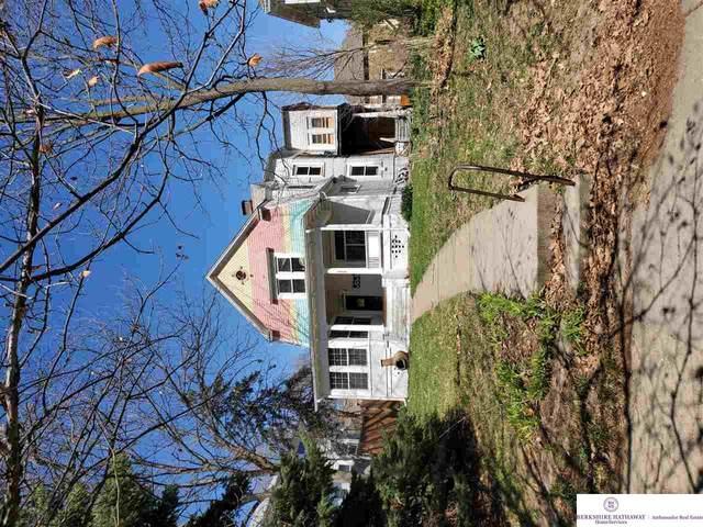 3308 Lincoln Boulevard, Omaha, NE 68131 (MLS #22106370) :: Complete Real Estate Group