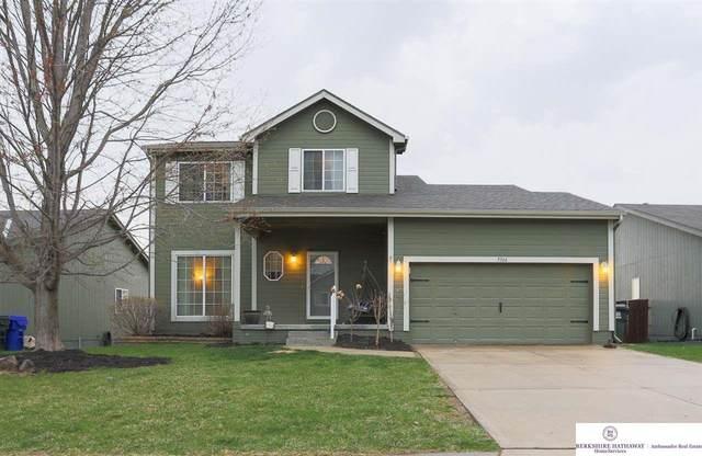 7314 S 183 Street, Omaha, NE 68136 (MLS #22106392) :: Berkshire Hathaway Ambassador Real Estate
