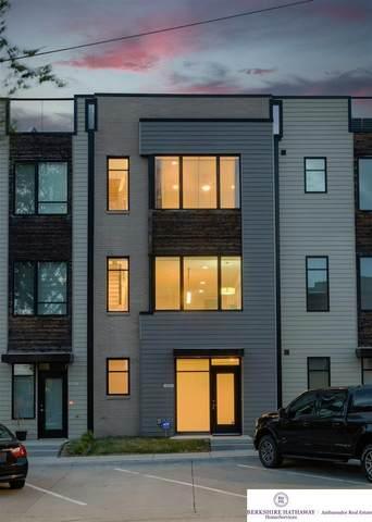 1241 S 11 Street, Omaha, NE 68108 (MLS #22106521) :: Berkshire Hathaway Ambassador Real Estate