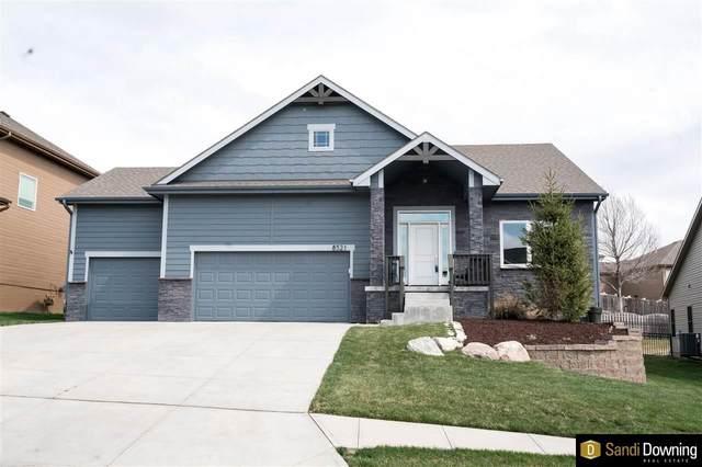 8521 S 105 Street, La Vista, NE 68128 (MLS #22106534) :: Lincoln Select Real Estate Group