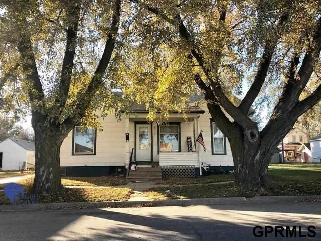717 N Platte Avenue, York, NE 68467 (MLS #22106587) :: Complete Real Estate Group