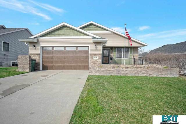 1959 Timber Ridge Road, Lincoln, NE 68522 (MLS #22106681) :: Dodge County Realty Group
