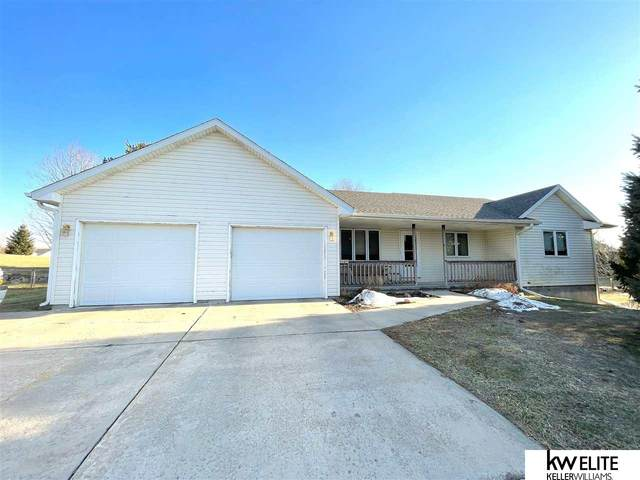 20107 S Stable Drive, Eagle, NE 68347 (MLS #22106736) :: Complete Real Estate Group