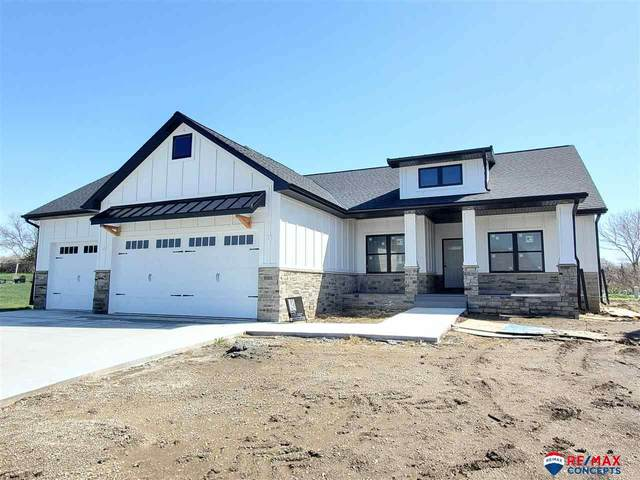 10110 S 32nd Court, Roca, NE 68430 (MLS #22106806) :: kwELITE
