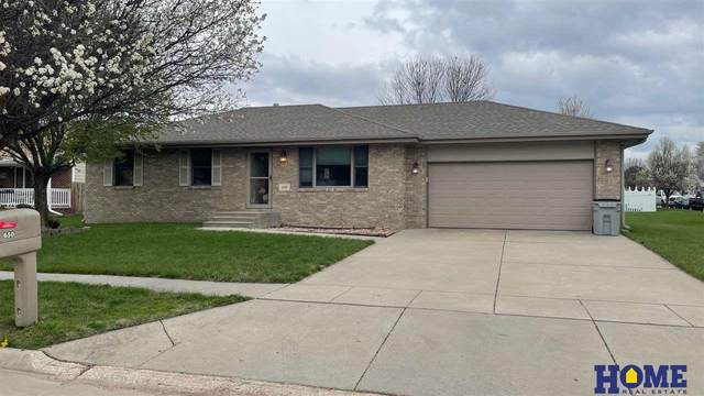 650 S Evergreen Drive, Seward, NE 68434 (MLS #22106844) :: Berkshire Hathaway Ambassador Real Estate