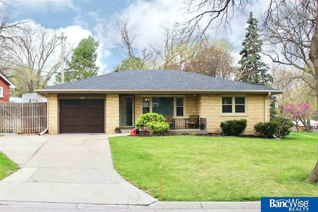 1105 S 47 Street, Lincoln, NE 68510 (MLS #22106848) :: Dodge County Realty Group