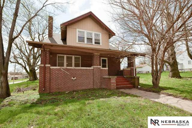 3905 L Street, Omaha, NE 68107 (MLS #22106863) :: Dodge County Realty Group
