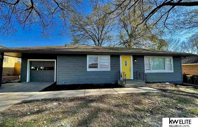 5117 N Street, Lincoln, NE 68510 (MLS #22106903) :: One80 Group/KW Elite