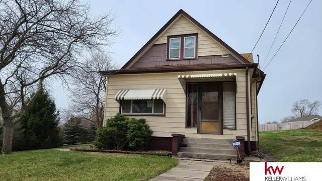 5626 S 46 Street, Omaha, NE 68117 (MLS #22106918) :: Berkshire Hathaway Ambassador Real Estate