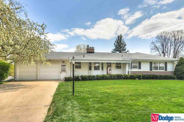 1125 S 94 Street, Omaha, NE 68124 (MLS #22106976) :: The Briley Team